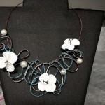 3 petite fleur blanche